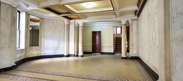 edgecombe-lobby