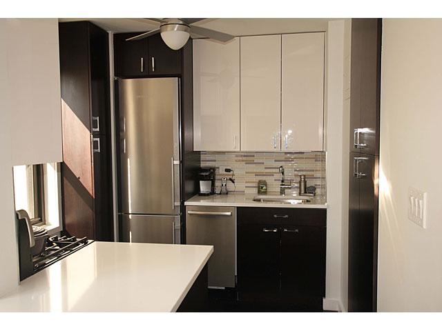 6e69th_kitchen1